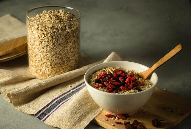 What is oatmeal?Superfood or just fattening food?